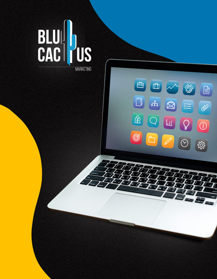 BluCactus - Laptop met icoontjes van sociale media -Social Media Marketing Bureau